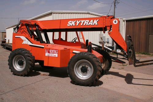 Where to find FORKLIFT, 6000  TELESCOPIC 36 in Elk City